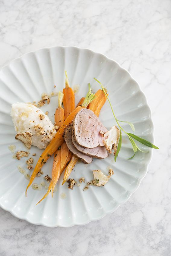 Filet mignon de porc duo de chou fleur et jeunes carottes - Cuisiner filet mignon de porc ...